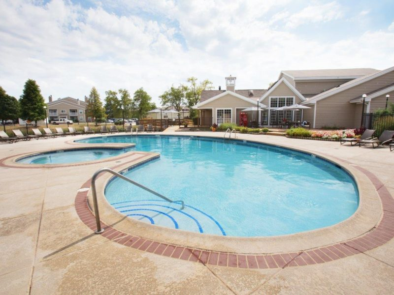TGM Springbrook Apartments Swimming Pool